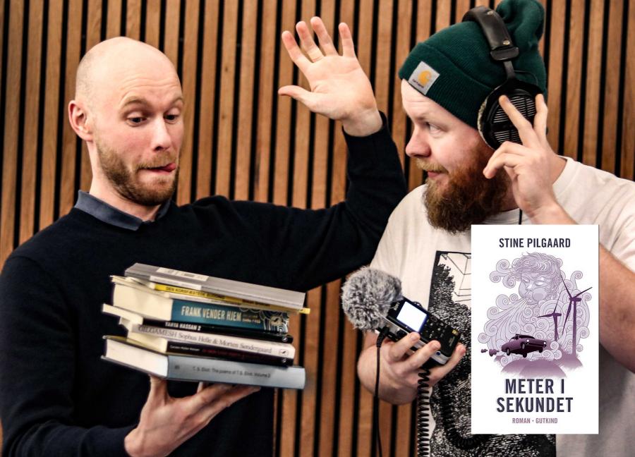 Billede af Viggo og Victor, der står for bibliotekets podcast: Lytteklub